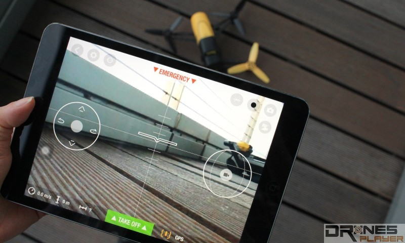 Parrot Bebop Drone 可用《Freeflight 3》app 操控