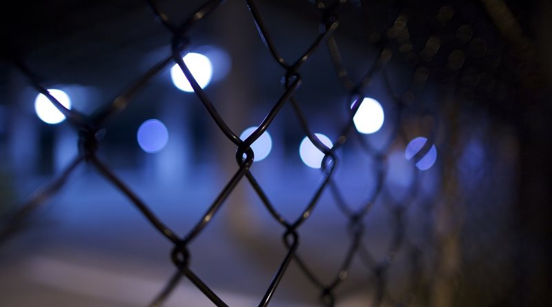 英國今年 1 月至 5 月期間錄得 9 次無人機偷運禁品入獄行動。