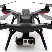 3D Robotics 旗下的無人機仍然不設航拍攝影機,GoPro Hero 4 系列運動攝影機遂成其必然之選。
