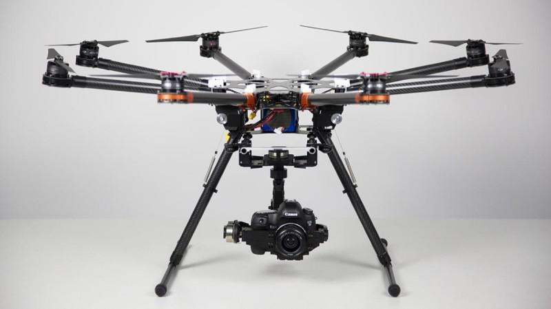專業人士慣用的 5D Mark III 上天下地皆能應付自如。