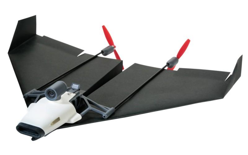 PowerUp FPV 其實是機身中間的推動裝置,紙飛機由玩家自己摺!