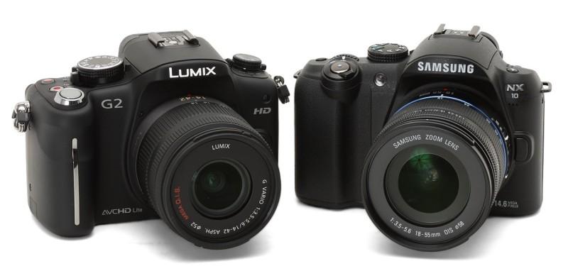 Samsung 於 2009 年推出首部無反相機 NX 10(圖右),可惜市場反應卻不及 Panasonic G2(圖左)。