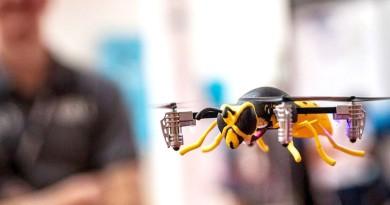 CES 2016無人機預覽: 可自由變裝的 Micro Drone 3.0 航拍機