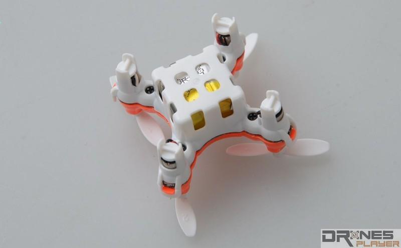 DHD D1 Drone 機底內嵌 3.7V / 80mAh 充電池。