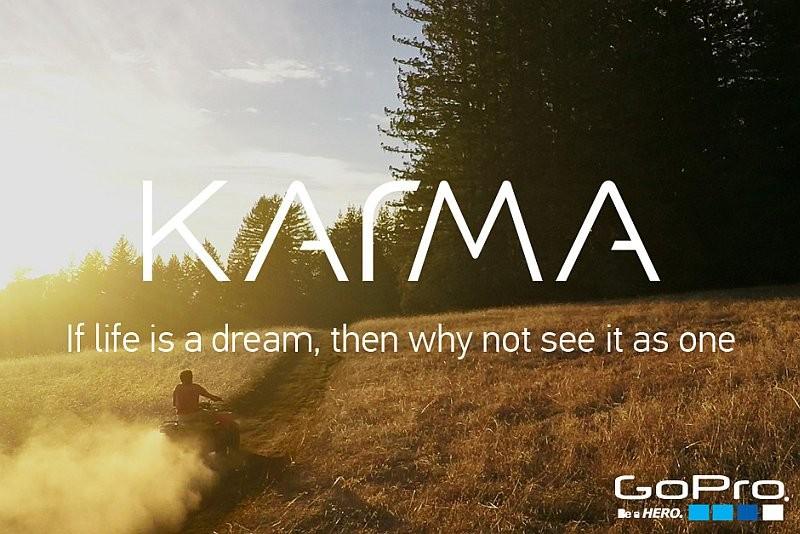 Karma 無人機的航拍片段,其中一句旁白是「生命是一場夢」。