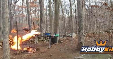 比飛行手槍更震撼!無人機發射高熱火焰燒焦火雞