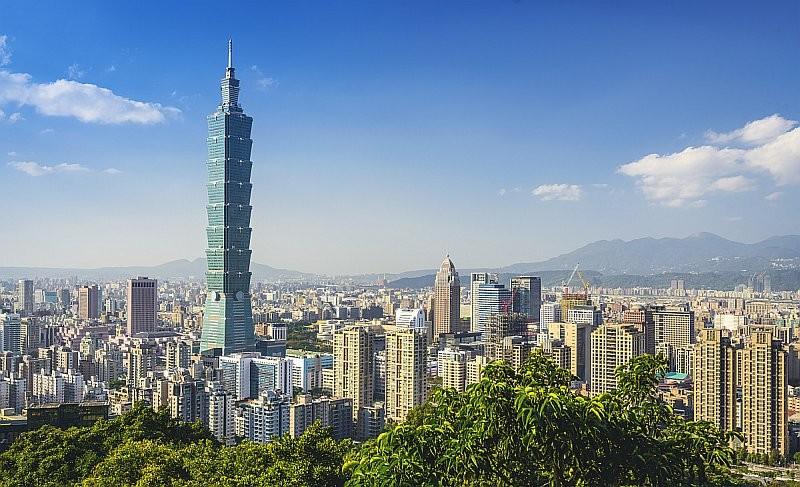 台北 101 大樓曾多次遭無人機撞擊。