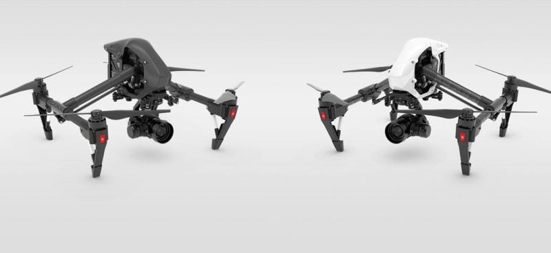 左方的是 Inspire 1 Pro Black,右方是 Inspire 1 Pro,除機身顏色外,兩者的外形設計是一模一樣的。