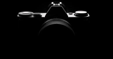 Canon 新專利曝光!移動式感光元件兼顧單反‧無反系統