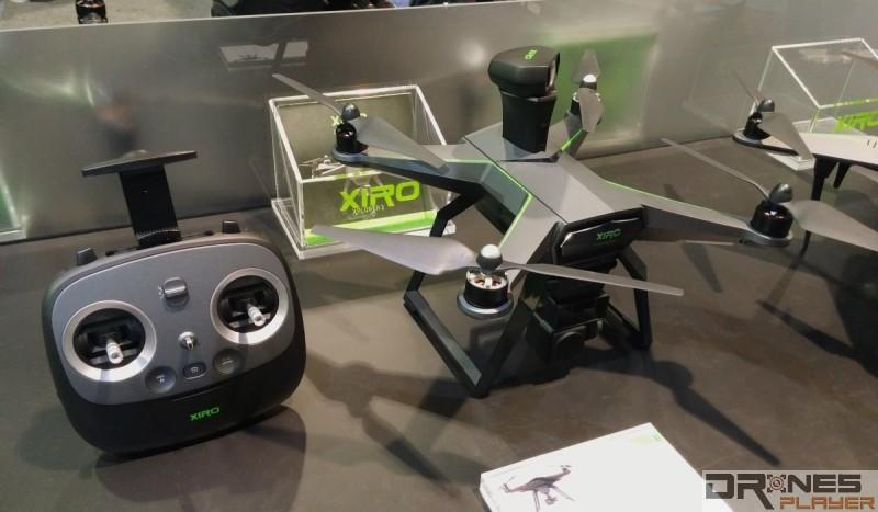 XIRO Xplorer 2 機頂有如一柱擎天般凸起的雷達式掃描視像裝置,鏡頭可作旋轉 360 度,以偵測四周的障礙物。