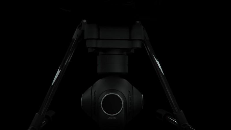 Yuneec CGO3+ 的空拍鏡頭也可轉回正面拍攝大前方。