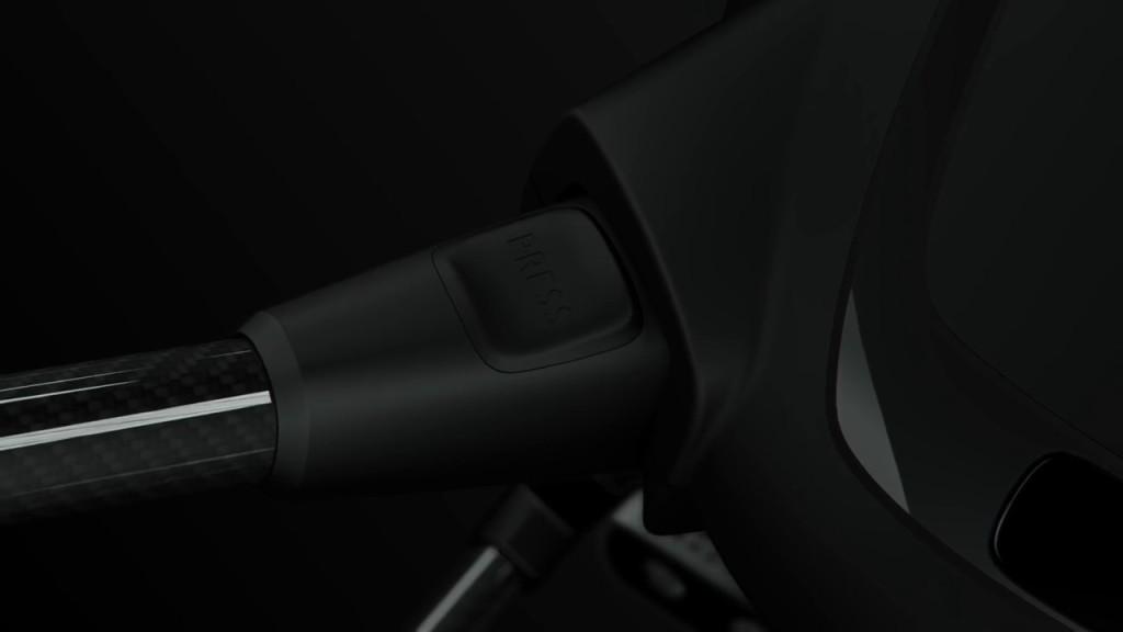 Yuneec Typhoon H 軸臂:末端設有按鈕,估計按下後可以伸縮或拆卸軸臂。