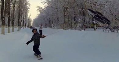 無人機搭滑雪板 變身雪地上最具創意的交通工具