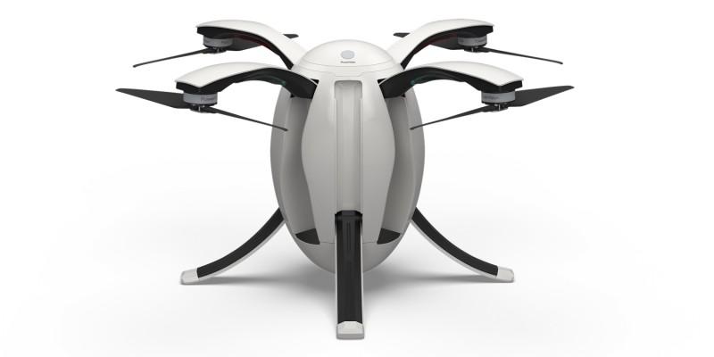 打開 PowerEgg 機身便化身四軸無人機。