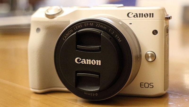 首部 Canon EOS M3 無反單眼相機誕生於2012年。