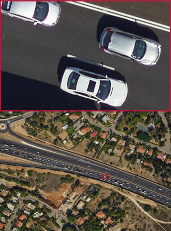 Phase One iXU 1000 系列擁有 1 億拍攝像素的最大好處,自然是可拍得更多影像細節。譬如空拍公路時,將路面影像局部放大,連細如螞蟻的車輛也可看到一清二楚。