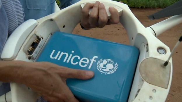 UNICEF 與馬拉威試飛的無人機負載 1 斤公