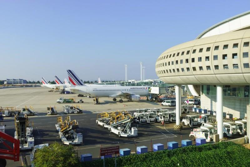 戴高樂機場上月亦出現過客機險撞無人機事故。