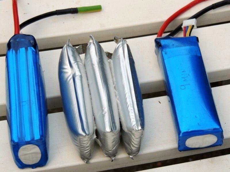 航拍玩家宜經常替無人機電池放電,以免電池發漲。