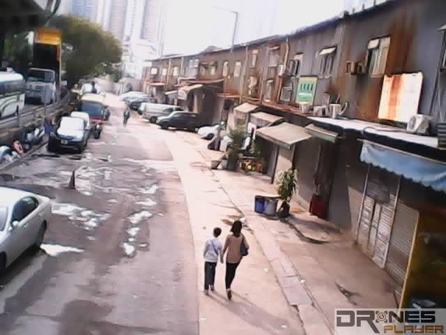 UDI RC U818A 的街景空拍效果。
