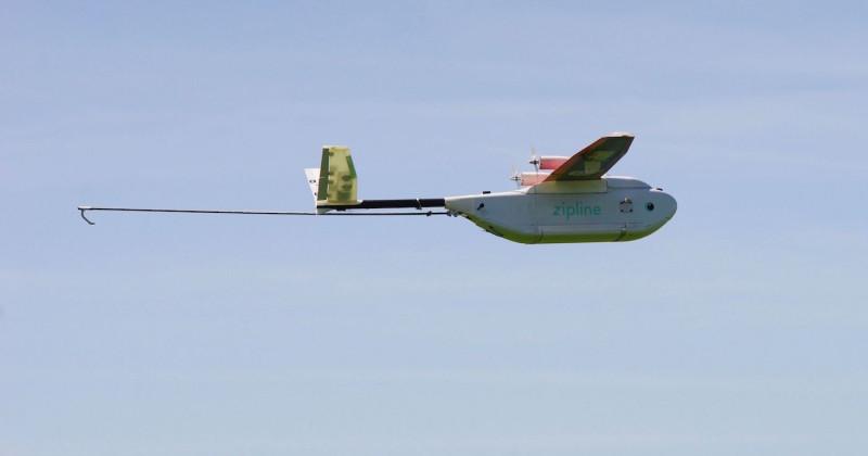Zip 採用定翼設計,飛行效率更佳。