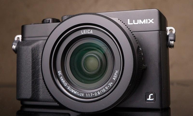 2014 年,Panasonic 推出內置 4/3 感光元件的 Lumix DMC-LX100。