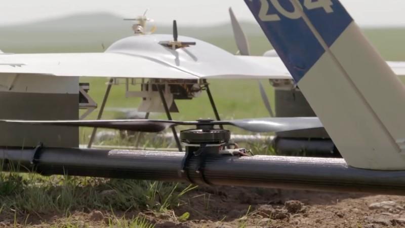 第二代 Project Wing 無人機兼備可垂直升降機體的螺旋槳翼。