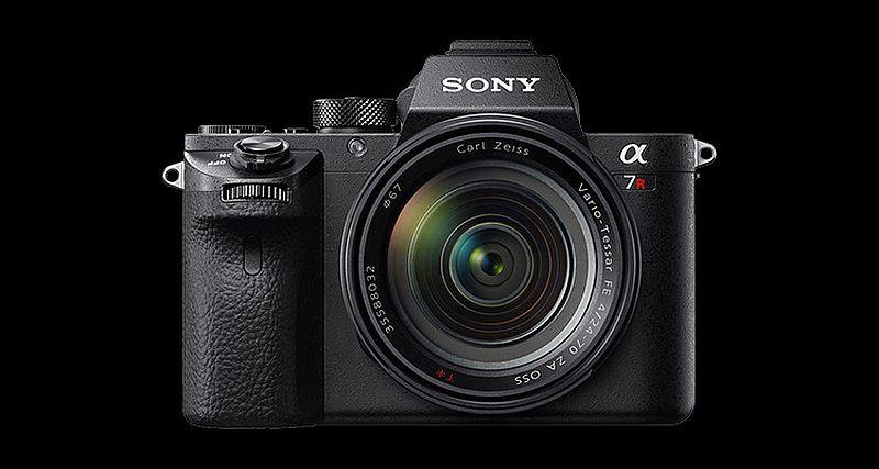 Sony A7R II 雖然擁有 4,240 萬拍攝像素,但對新手而言卻不易操控。