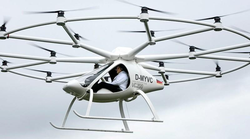 18 軸飛行器 Volocopter VC200 載人試飛成功