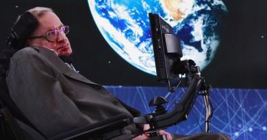 霍金尋找地球 2.0 之旅 奈米太空船探索半人馬座星系