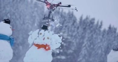 最恐怖的無人機?加裝電鋸插爆雪人頭!