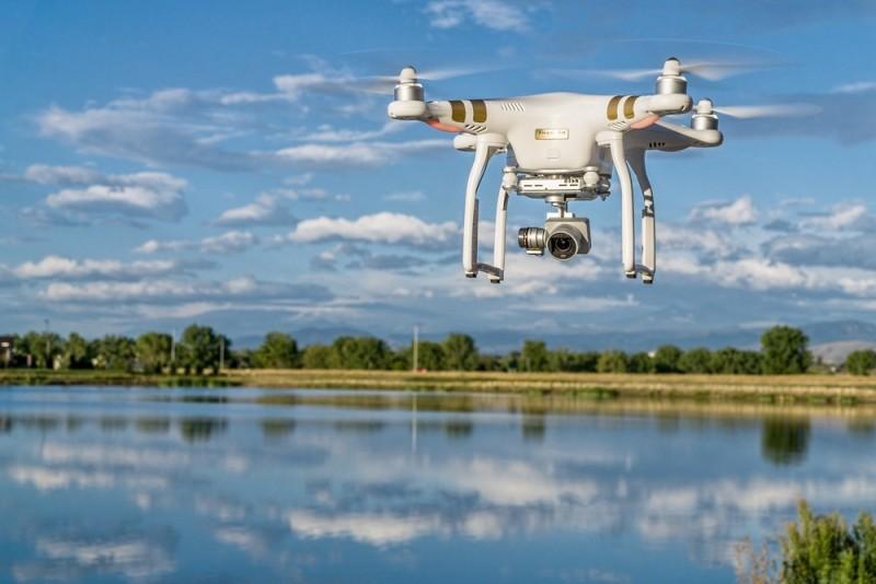 DJI 跟 GoPro、Parrot、3DR 自立門戶,成立無人機生產商同盟。