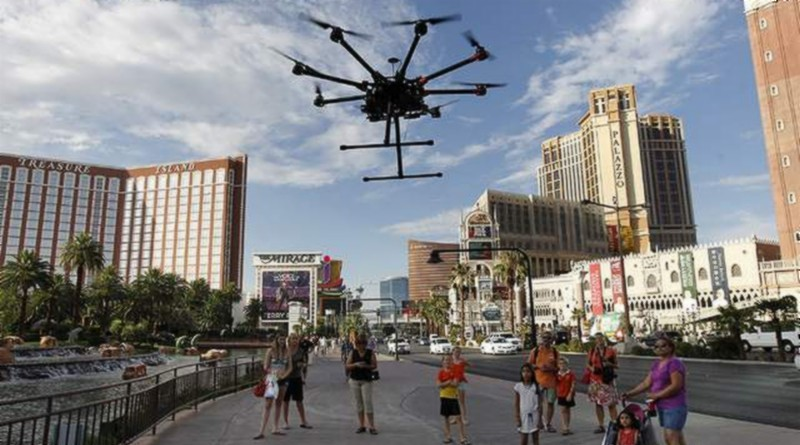 美國無人機可飛越人群