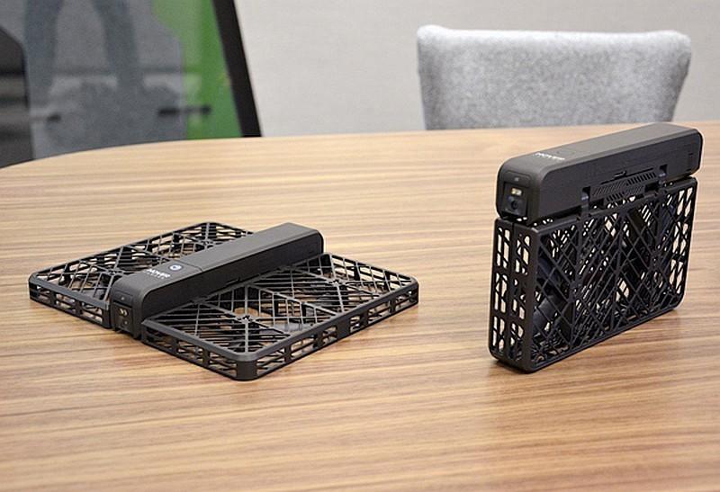 Hover Camera 的槳翼外包一層網狀保護殼,正是其設計的賣點之一,但卻被中國同業批評為不似是內行人的做法!