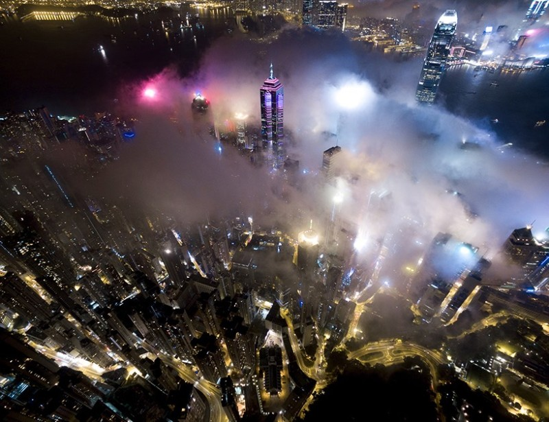 Andy Yeung 航拍作品系列《Urban Fog》之一。(圖片來源:Andy Yeung Photography)