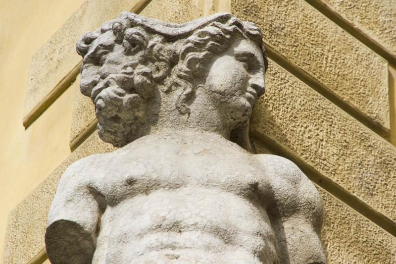 Janus 雕塑