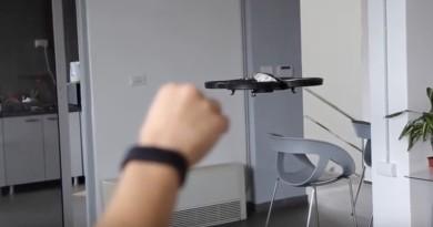 美國太空總署發起挑戰 智能手環 Avis 體感操控無人機