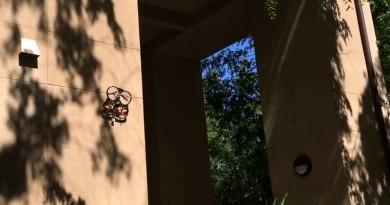 無人機化身蜘蛛飛簷走壁 長時間拍攝勁省電