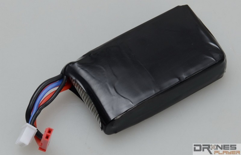 Cheerson CX-35 內置可換式 7.4V / 1,300mAh 充電池。
