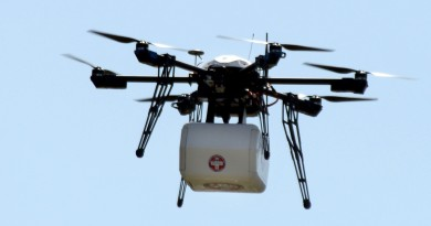 Flirtey 測試船對陸無人機送貨,援救危難中的沿岸城市