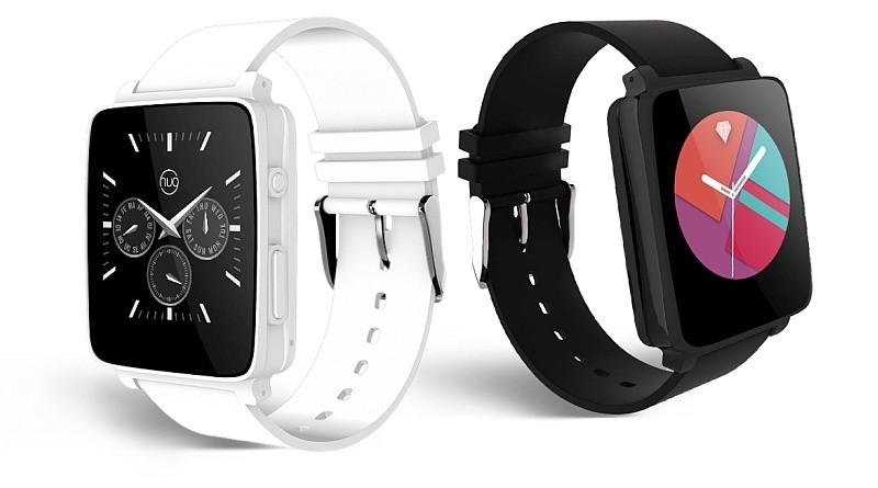 Hug Smartwatch 有黑、白兩個版本可供選擇。