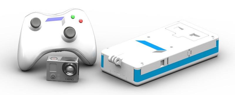 Quadbox 無人機的遙控器(圖左)和飛行器(圖右),連同用家自備的 GoPro HERO 運動相機。