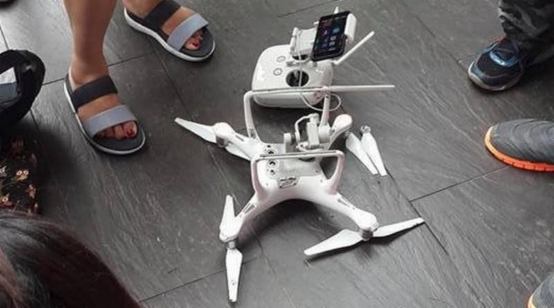 從網上流傳的圖片可見,事故發生後殘留在地上的空拍機應是 DJI Phantom 4。