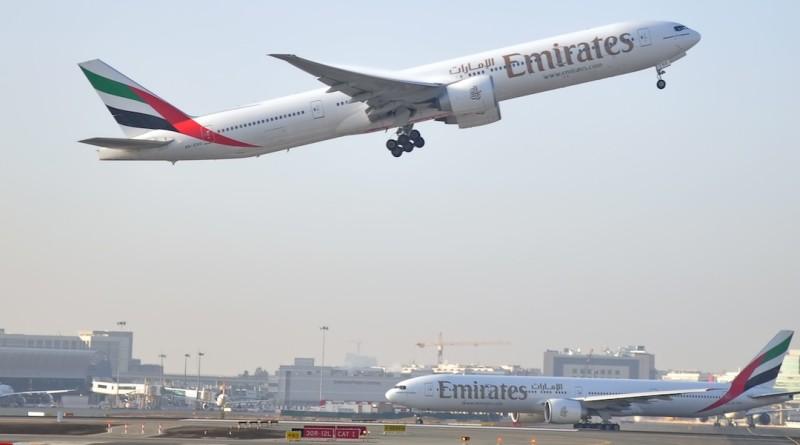 杜拜 國際機場 無人機 關閉