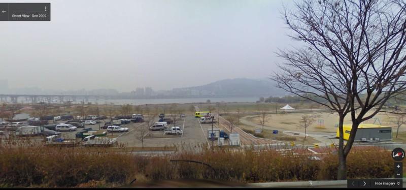 無人機公園所在位置臨近漢江。(取自 Google Maps)