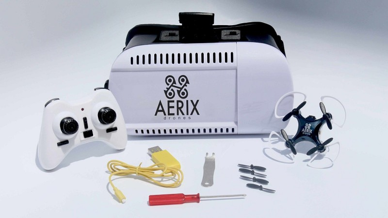 Aerix VIDIUS VR 套裝內含空拍飛行器、遙控器、VR 眼鏡、後備旋翼、USB 充電線等。