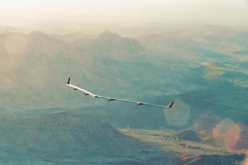 Facebook 早前試飛 Aquila 無人機的原型機,機體尺寸為預計最終版本的五分之一。