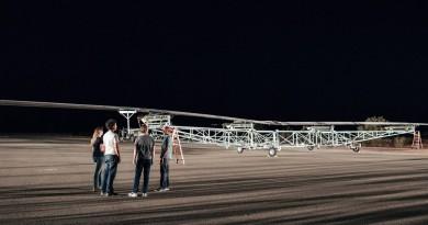 Facebook Aquila 無人機首次起飛 「天鷹」發射站供全球上網