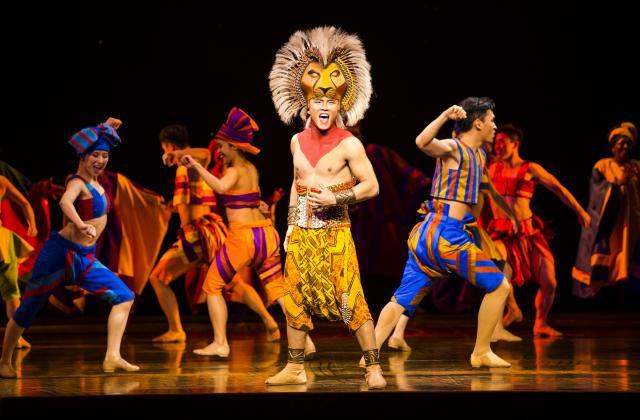 上海迪士尼擁有全球首個中文版《獅子王》音樂劇。