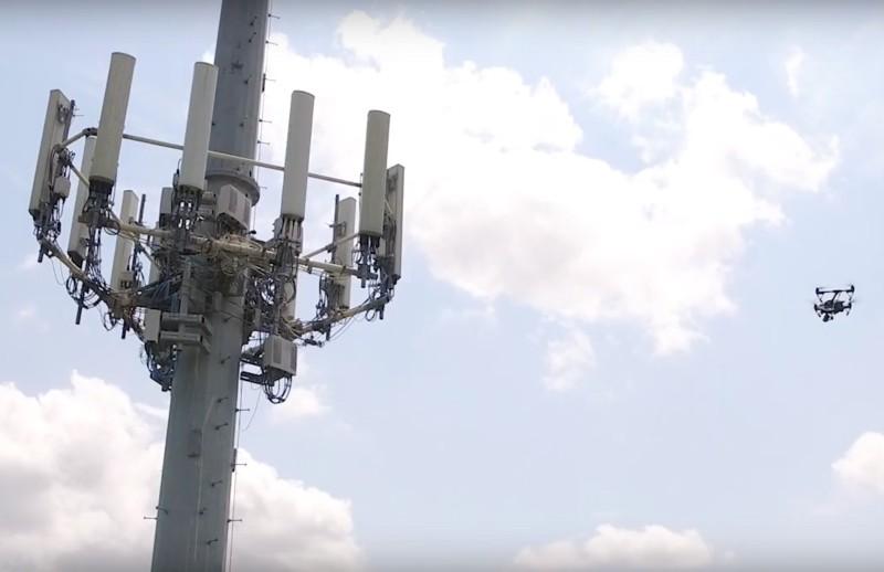 AT&T 現時亦會用航拍機檢查通訊塔。